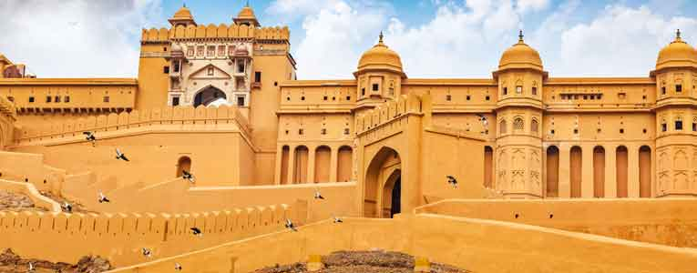 History Of Amer Fort Jaipur In Hindi
